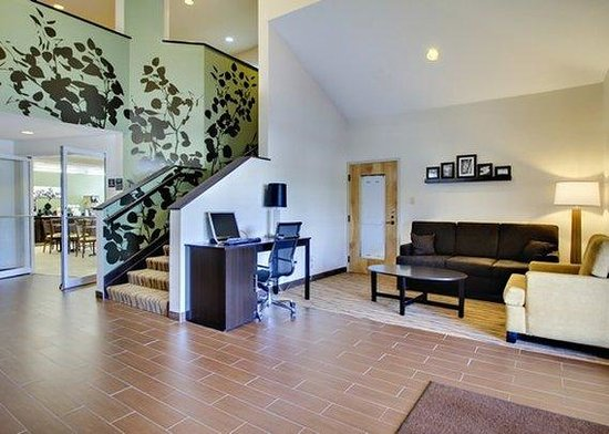 Sleep Inn & Suites Edgewood Near Aberdeen Proving Grounds: lobby