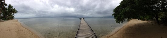 Jean-Michel Cousteau Resort : Another pier shot
