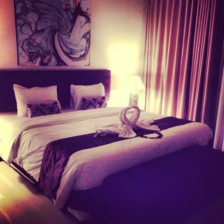Destiny Villas: main bedroom