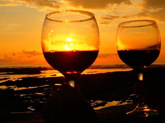 El Rey Patricio: Beach sunsets
