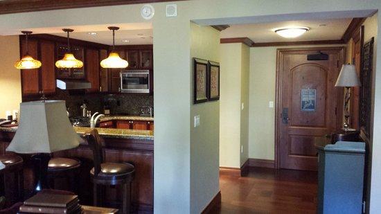 Hyatt Residence Club at Park Hyatt Beaver Creek: Entry for 3 bedroom