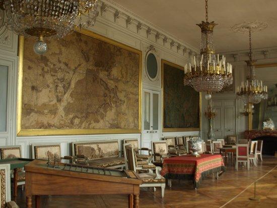 Musees et Domain Nationaux de Compiegne: 豪華な宮殿内