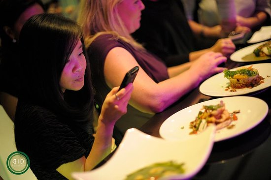 DID - Dine in the Dark : The Monthly-Changing Surprise Menu