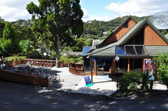 Club Paihia: Main lounge/facilities