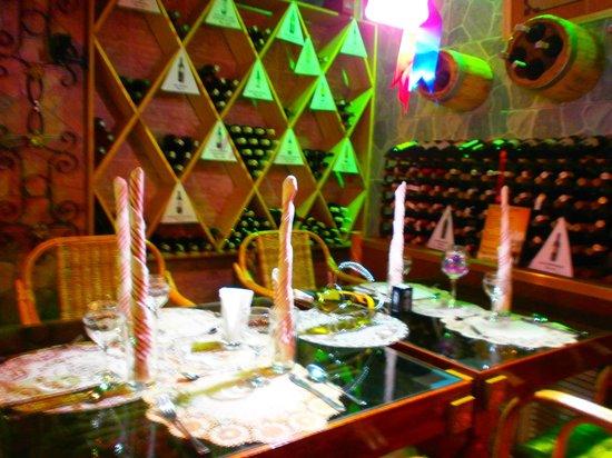 Deep: Table et vins