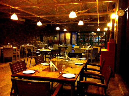 Atali : Tasteful interiors of the dining room