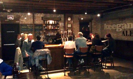 Keegan Ales : Sunday night @ the bar.