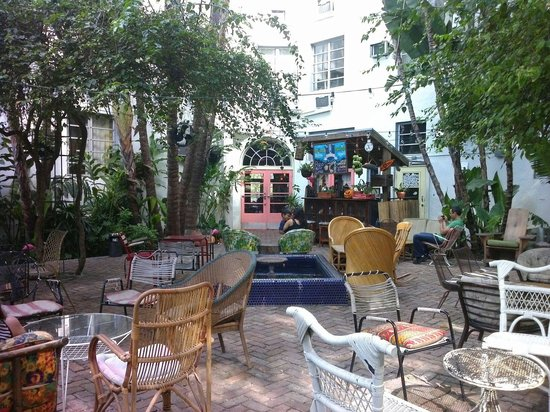 Freehand Miami: Jardin traseri