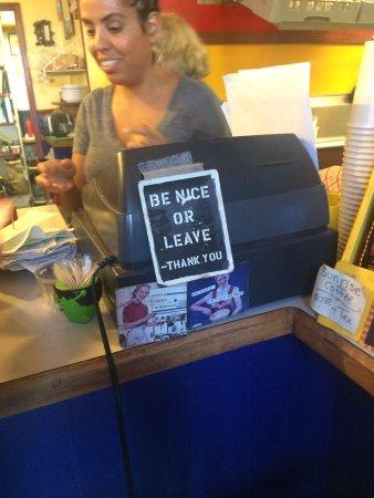 Blue Moose Cafe: Great service!