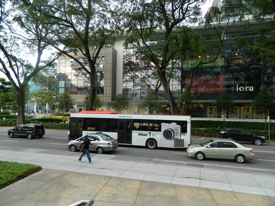 PARKROYAL on Kitchener Road: Front view from Hotel