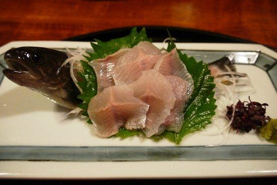 Kawasho: 夕食・岩魚の活き造り