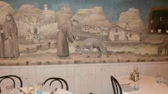 San Francesco e Il Lupo: Mural in dining room