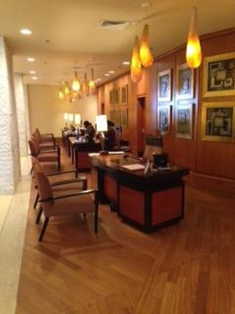 The Federal Palace Hotel: Reception Area