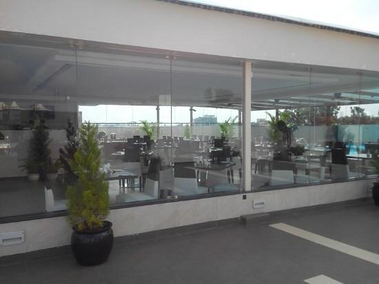 The Grand Magrath: Rooftop Restaurant