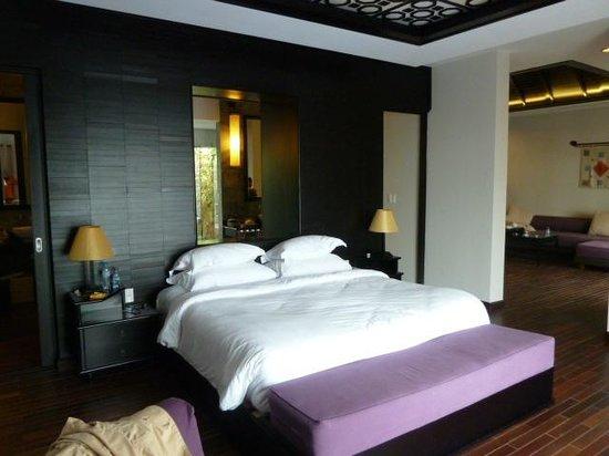 Ana Mandara Hue: プール、海を見れるベッド