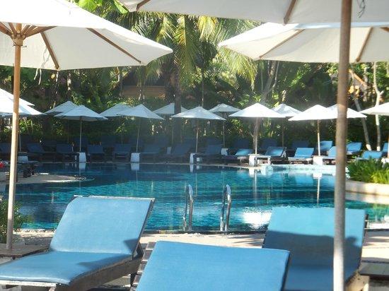 Peace Resort: more pool
