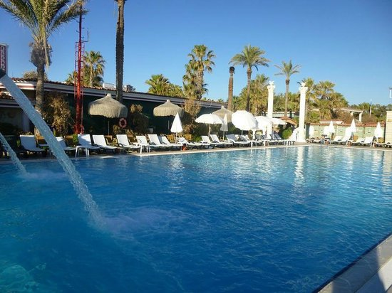 Club Hotel Sera: One of the pools