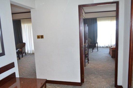 Kampala Serena Hotel: Room Detail