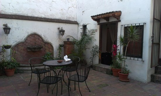 Jade Guesthouse : Segundo patio