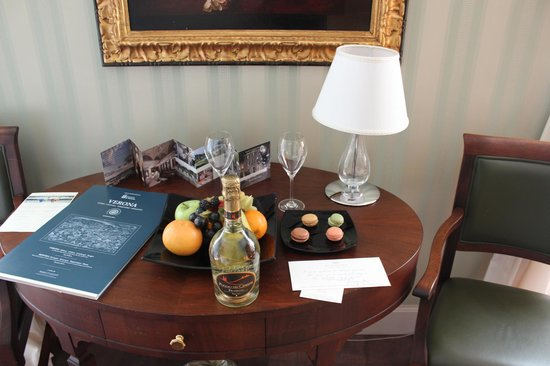 Palazzo Victoria: Welcome drinks and fruit