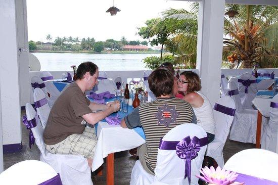 Kulmith Restaurant: Живописный вид на реку Бентота