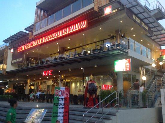 Roma Ristorante & Pizzeria Da Mauro: We are here