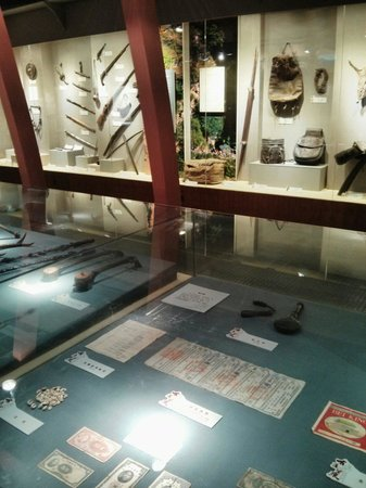 Yunnan Nationalities Museum: Tools and others artifacts