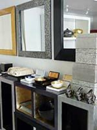 Louise Loubatieres: Lacquer home accessories: trays, vanity sets, boxes, mirrors and furniture