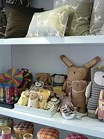 Louise Loubatieres: Handwoven cushions and toys