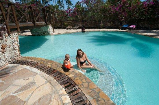 Samaki Lodge & Spa: La piscina del Palumbo Reef
