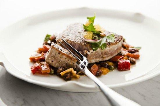 Uma Cucina : Grilled Yellow Fin Tuna