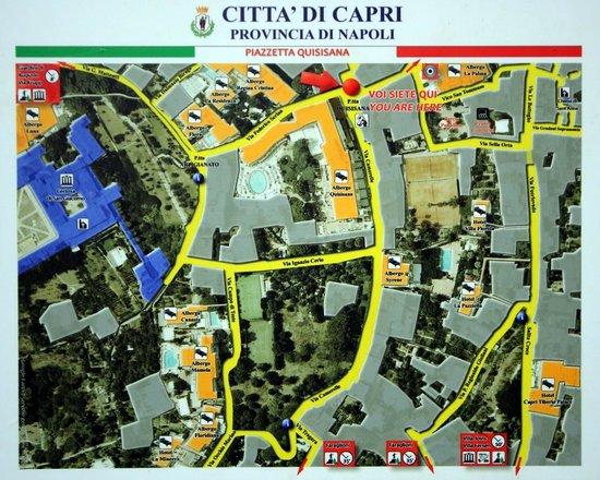 Hotel Villa Sanfelice: Area just outside SanFelice