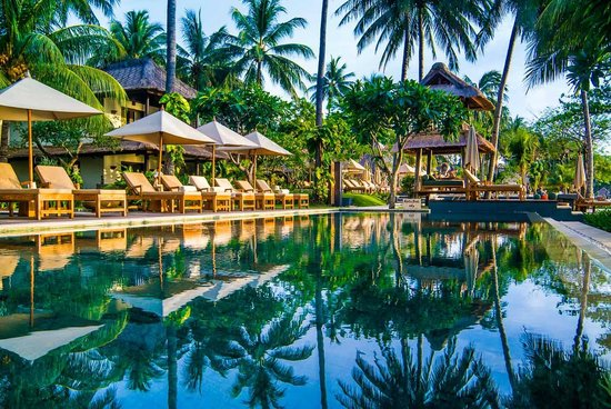 Qunci Villas Hotel: 30 meter infinity pool (of 3 pools at Qunci)