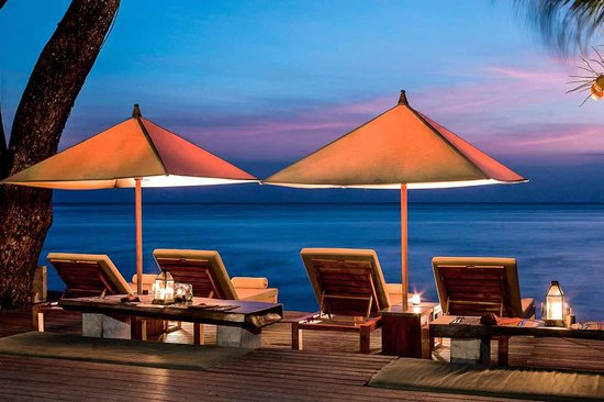 Qunci Villas Hotel: Romantic Night Time relaxation