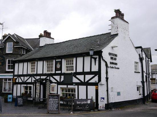 Queen's Head Hotel