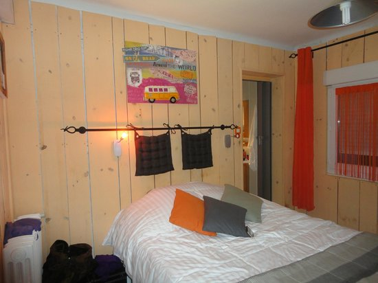 Hotel La Roseraie : Our bedroom