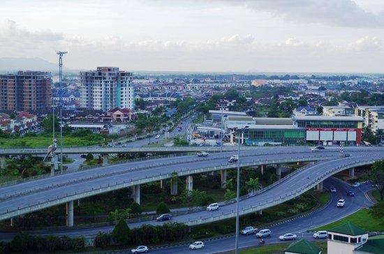 Century Kuching Hotel: city Skyline view