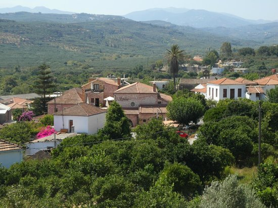 Spilia Village Hotel: Looking towards village from church