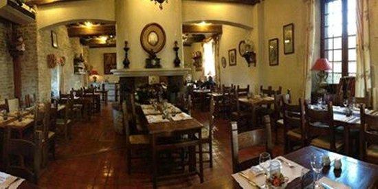 Auberge La Beursaudiere : La salle de restaurant