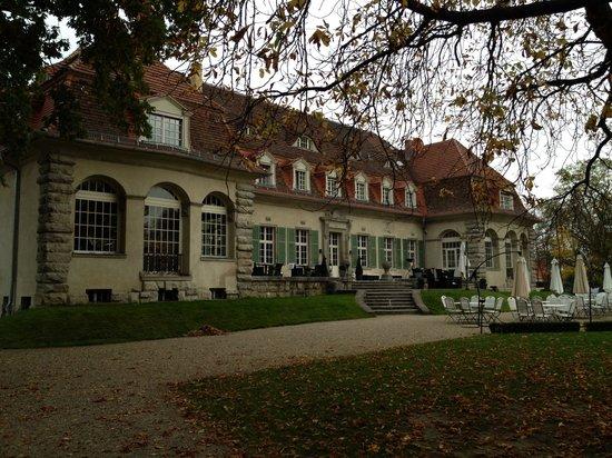 Schloss Kartzow: Hotel von hinten