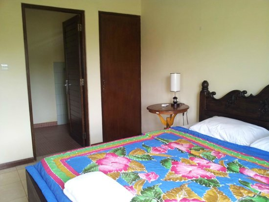 Harmony Restaurant & Villa: Deluxe Room