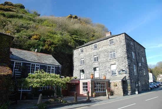 Cobweb Inn