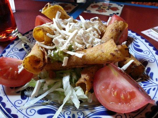 Taqueria El Ranchero : Nice Flautas