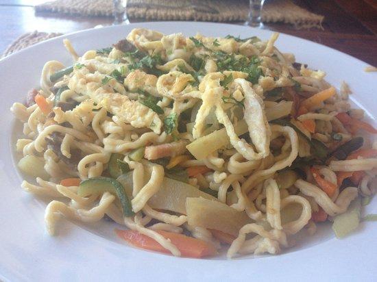 Restaurant de la Mer: Mî Xao du Chef, fait avec des pâtes fraîches.