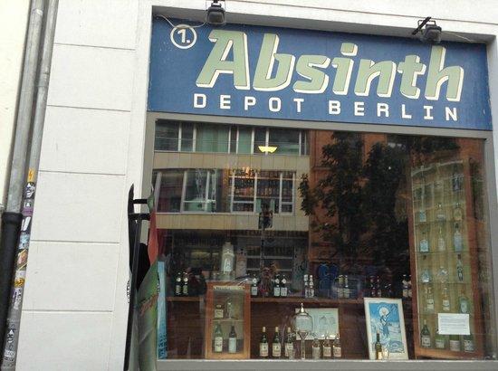 Exterior de absinth depot picture of absynth depot for Depot berlin filialen