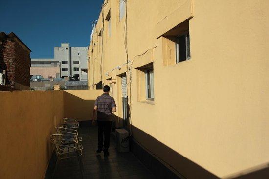 Hotel Marbella: Sacada dos quartos