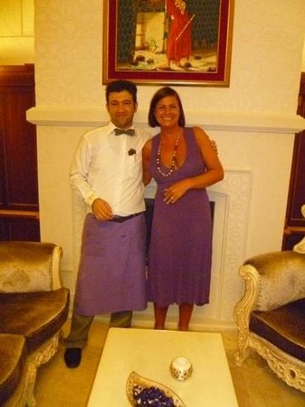 Crystal Palace Luxury Resort & Spa: ahmet in terrace bar