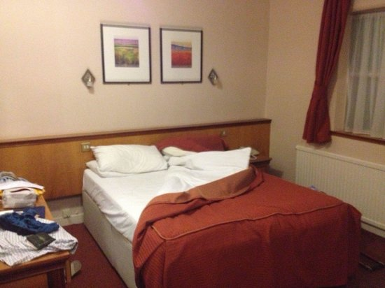 Park Hotel: Bedroom