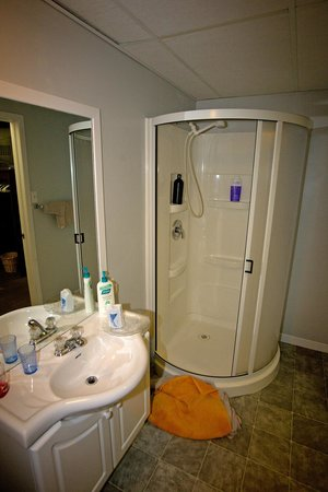 St. Mary's River Lodge : Bathroom