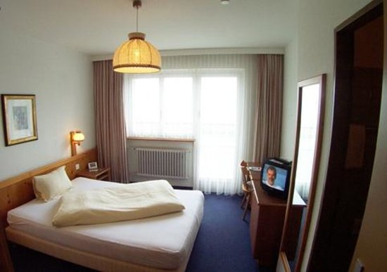 Grand Swiss Hotel: double room